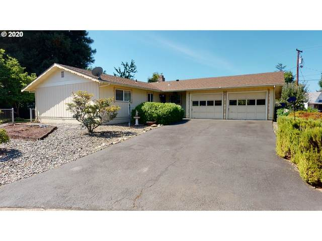 1583 NW Spray Ct, Roseburg, OR 97471 (MLS #20180087) :: Beach Loop Realty