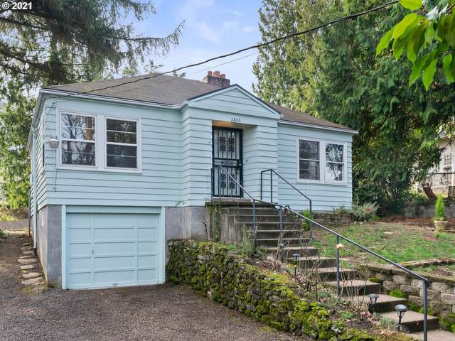 2806 SW Illinois St, Portland, OR 97239 (MLS #20180921) :: Change Realty