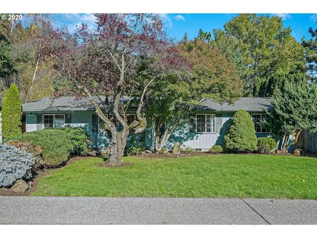 232 Walnut Ave, Silverton, OR 97381 (MLS #20181745) :: Premiere Property Group LLC