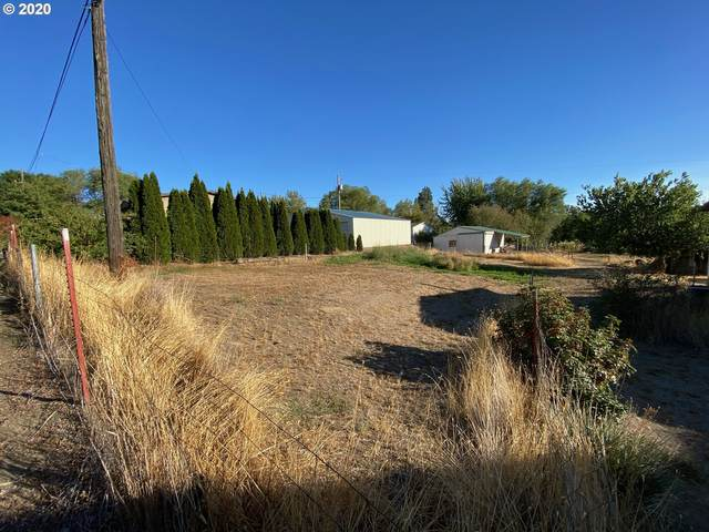 John Day St, Wasco, OR 97065 (MLS #20181948) :: Fox Real Estate Group
