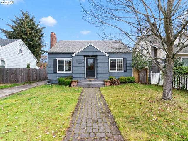 5946 SE 22ND Ave, Portland, OR 97202 (MLS #20183996) :: Townsend Jarvis Group Real Estate