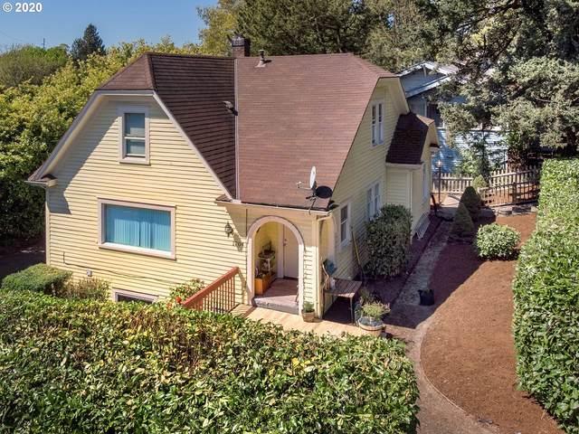 1704 SW Moss St, Portland, OR 97219 (MLS #20185527) :: Stellar Realty Northwest