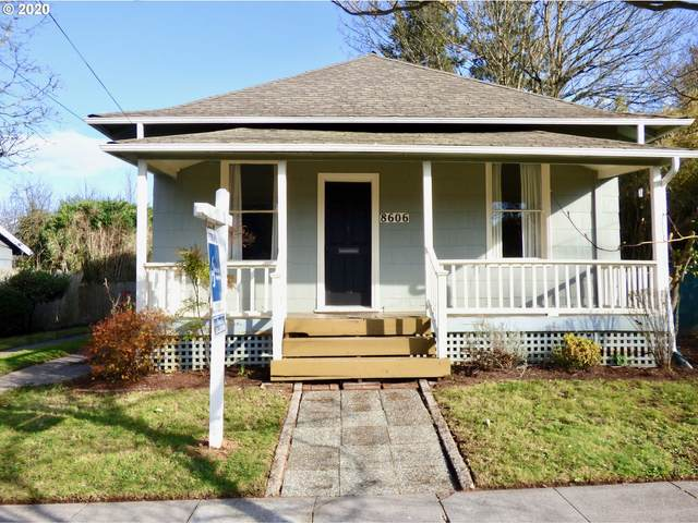 8606 N Gloucester Ave, Portland, OR 97203 (MLS #20185541) :: Song Real Estate
