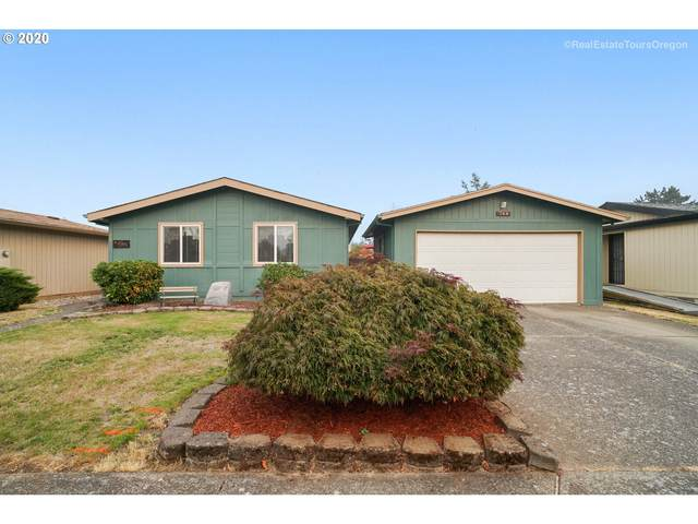 744 NW Donahoo St, Mcminnville, OR 97128 (MLS #20187896) :: Stellar Realty Northwest
