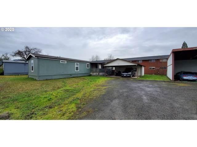 1111 Plateau Dr, Roseburg, OR 97471 (MLS #20191113) :: McKillion Real Estate Group