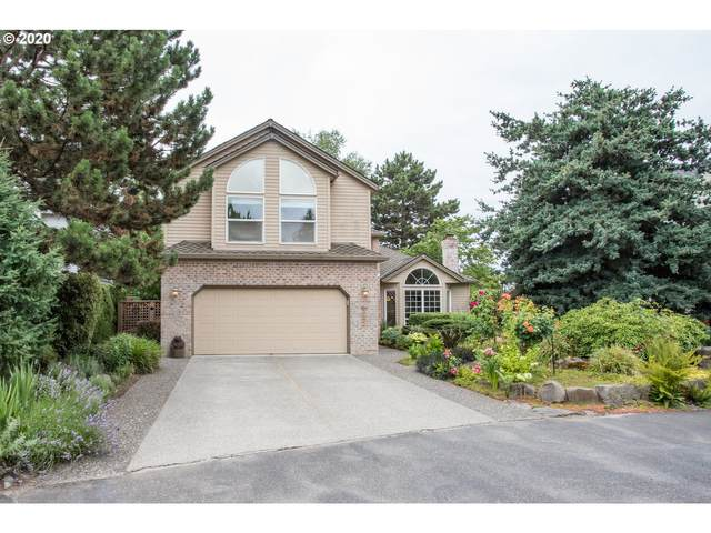 242 N Lotus Isle Dr, Portland, OR 97217 (MLS #20192586) :: The Liu Group