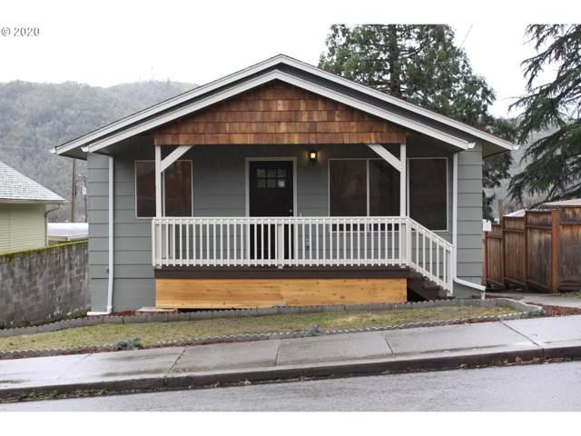 1358 SE Jackson St, Roseburg, OR 97470 (MLS #20196229) :: McKillion Real Estate Group