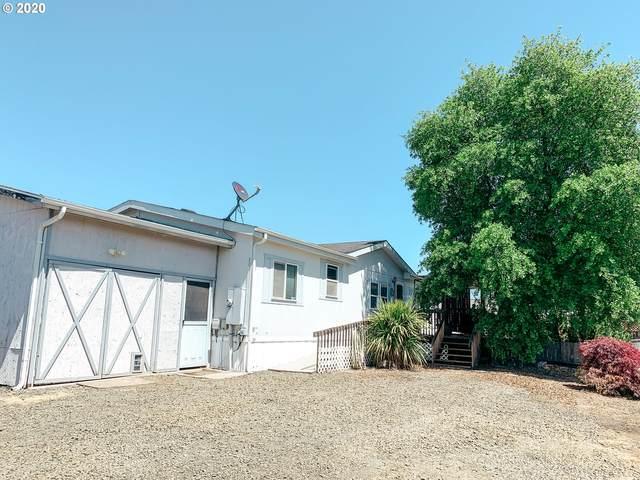 301 Rolling Hills Rd, Roseburg, OR 97471 (MLS #20196323) :: Townsend Jarvis Group Real Estate