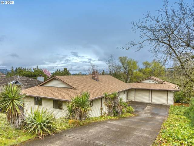 10420 SW 41ST Ave, Portland, OR 97219 (MLS #20201114) :: Holdhusen Real Estate Group
