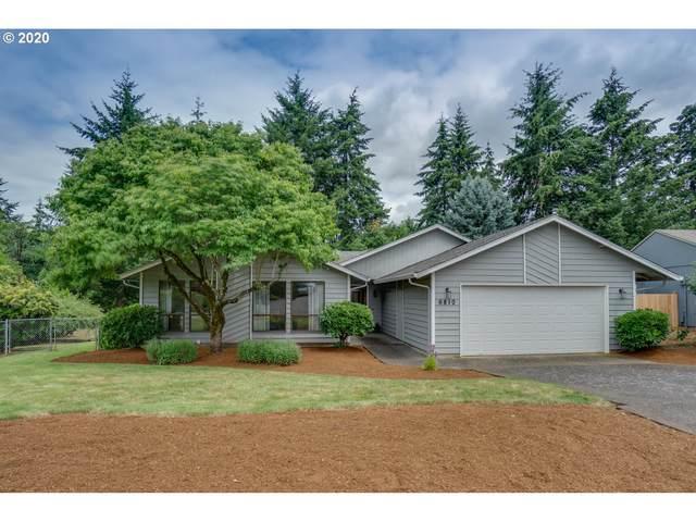 6810 NW Dogwood Dr, Vancouver, WA 98663 (MLS #20203161) :: Fox Real Estate Group