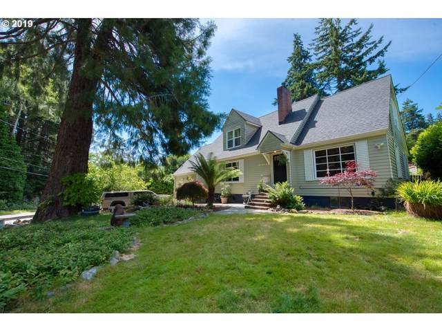 1373 Cedar Ave, Coos Bay, OR 97420 (MLS #20203353) :: Cano Real Estate