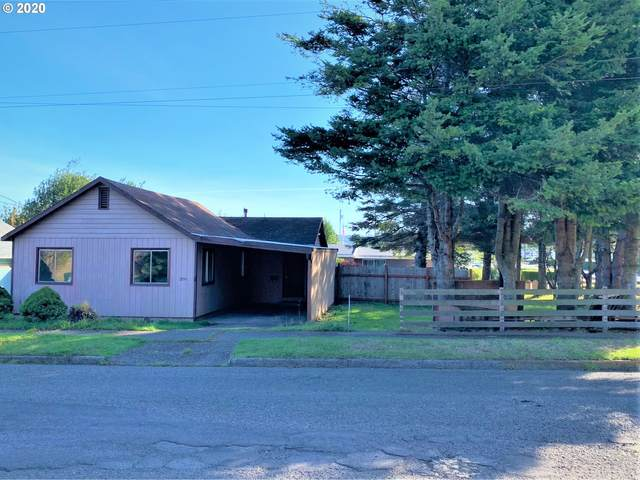 2190 Virginia Ave, North Bend, OR 97459 (MLS #20206432) :: Premiere Property Group LLC
