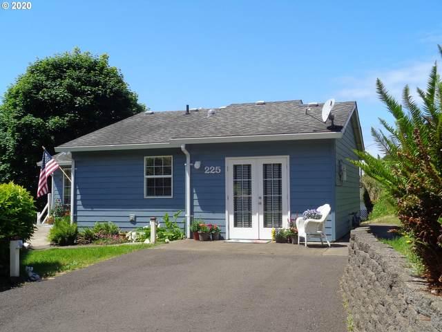 225 SE Derrick St, Depoe Bay, OR 97341 (MLS #20209522) :: Brantley Christianson Real Estate