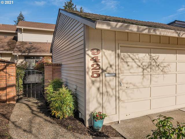 9425 SW Brentwood Pl, Tigard, OR 97224 (MLS #20214660) :: Cano Real Estate