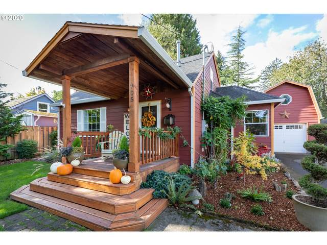 705 NW Angeline Ave, Gresham, OR 97030 (MLS #20215919) :: Fox Real Estate Group