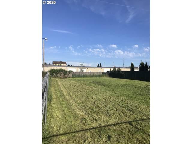 N Seneca, Eugene, OR 97402 (MLS #20218060) :: Song Real Estate