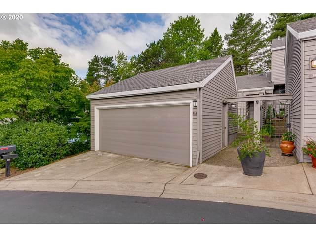 37 Greenridge Ct, Lake Oswego, OR 97035 (MLS #20224577) :: Holdhusen Real Estate Group