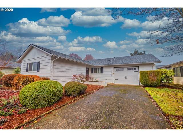 16525 SW Queen Mary Ave, King City, OR 97224 (MLS #20229823) :: Cano Real Estate