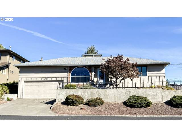 1207 NW Horn Ave, Pendleton, OR 97801 (MLS #20235672) :: Song Real Estate