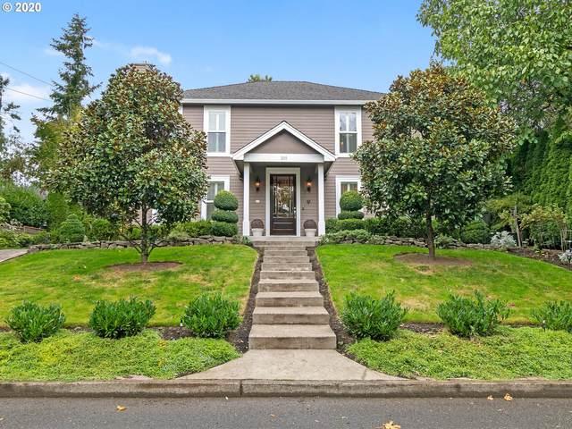 2009 SW Luradel St, Portland, OR 97219 (MLS #20236946) :: Duncan Real Estate Group