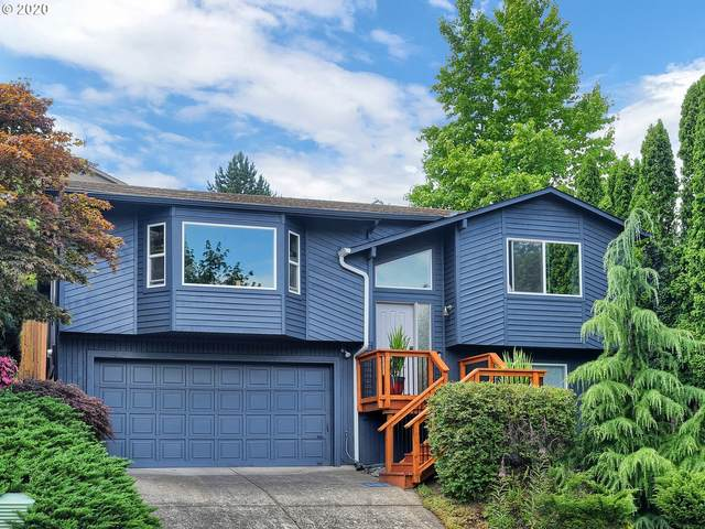 6213 SW 33RD Pl, Portland, OR 97239 (MLS #20239571) :: Holdhusen Real Estate Group