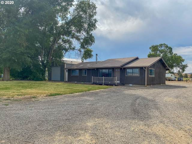2602 NW Brookfield Ct, Prineville, OR 97754 (MLS #20241261) :: McKillion Real Estate Group