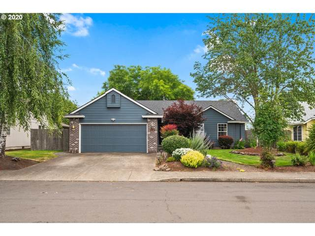 1573 SW Sandalwood St, Mcminnville, OR 97128 (MLS #20247020) :: Change Realty