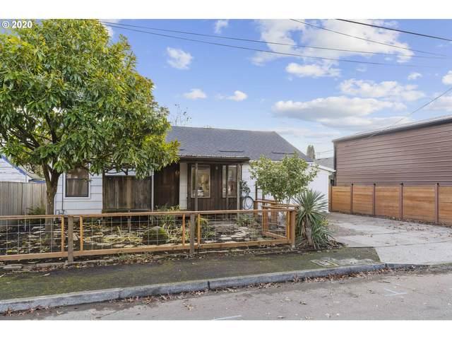 7222 SE Rural St, Portland, OR 97206 (MLS #20249967) :: Premiere Property Group LLC