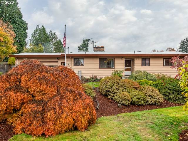 6608 SW Garden Home Rd, Portland, OR 97223 (MLS #20253262) :: Premiere Property Group LLC