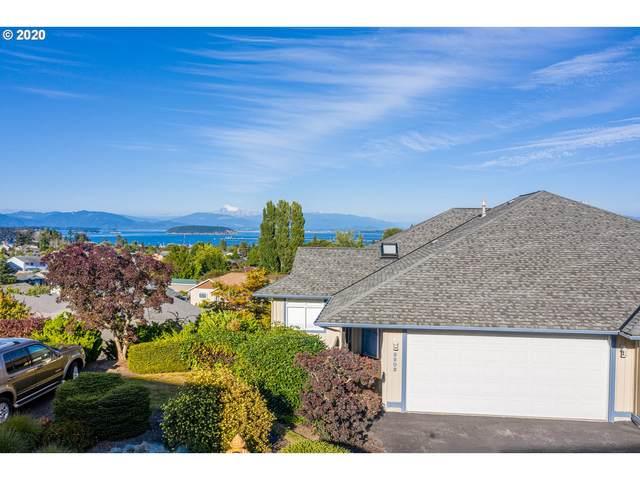 3803 View Ridge, Anacortes, WA 98221 (MLS #20254274) :: The Galand Haas Real Estate Team