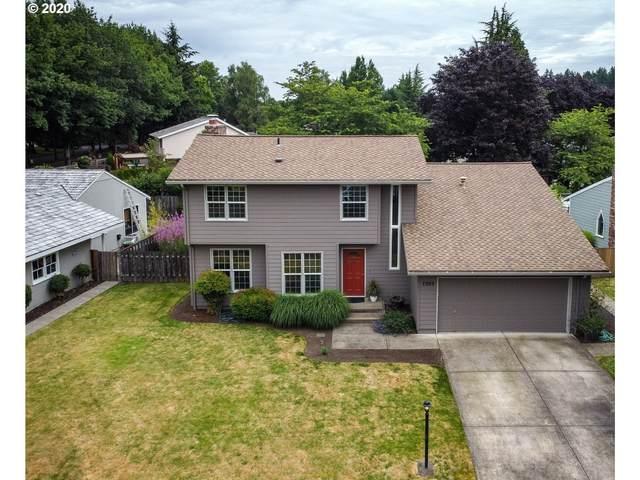 7095 SW Molalla Bend Rd, Wilsonville, OR 97070 (MLS #20256062) :: McKillion Real Estate Group