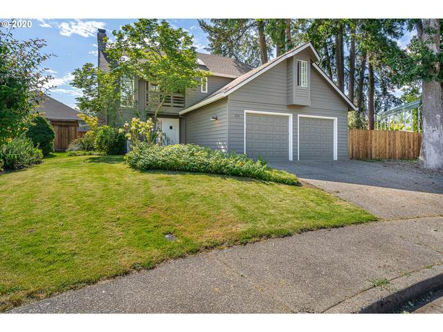 201 Park Ct, Newberg, OR 97132 (MLS #20256291) :: Brantley Christianson Real Estate