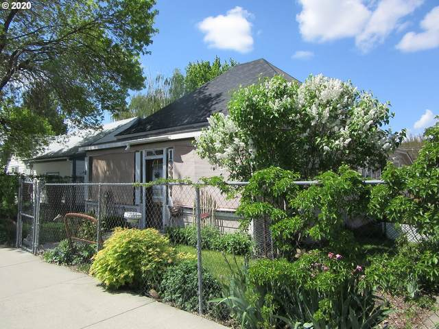 1335 Elm St, Baker City, OR 97814 (MLS #20256884) :: Premiere Property Group LLC