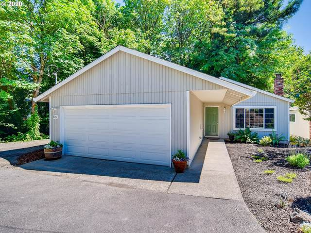 8547 SW 10TH Ave, Portland, OR 97219 (MLS #20260153) :: Fox Real Estate Group