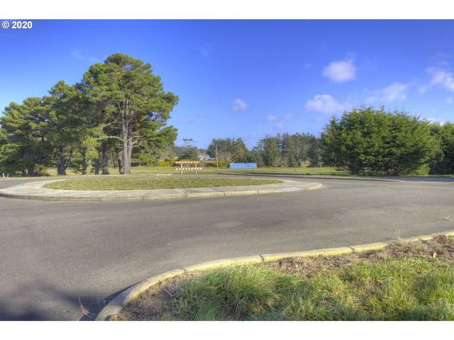 100 Shearwater, Bandon, OR 97411 (MLS #20260344) :: Cano Real Estate