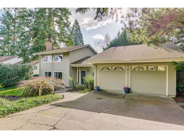 28 Tanglewood Dr, Lake Oswego, OR 97035 (MLS #20260619) :: Matin Real Estate Group