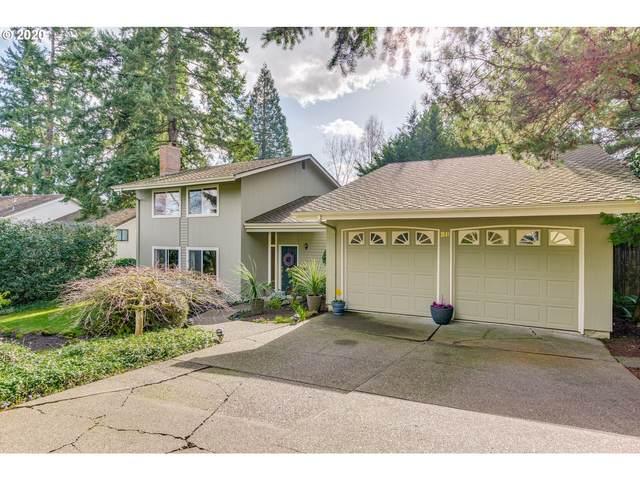 28 Tanglewood Dr, Lake Oswego, OR 97035 (MLS #20260619) :: Fox Real Estate Group