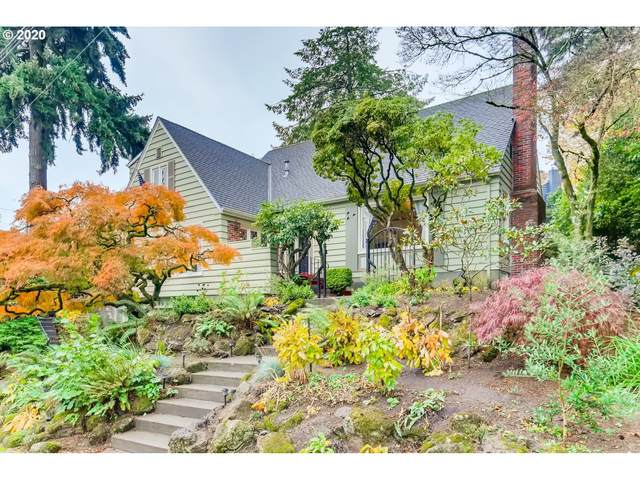 906 SW Chestnut St, Portland, OR 97219 (MLS #20261361) :: The Galand Haas Real Estate Team