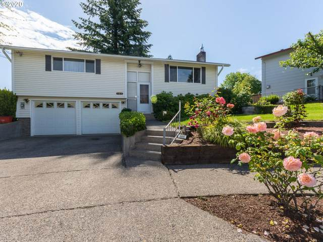 840 NW Cascade Ct, Gresham, OR 97030 (MLS #20262076) :: Fox Real Estate Group