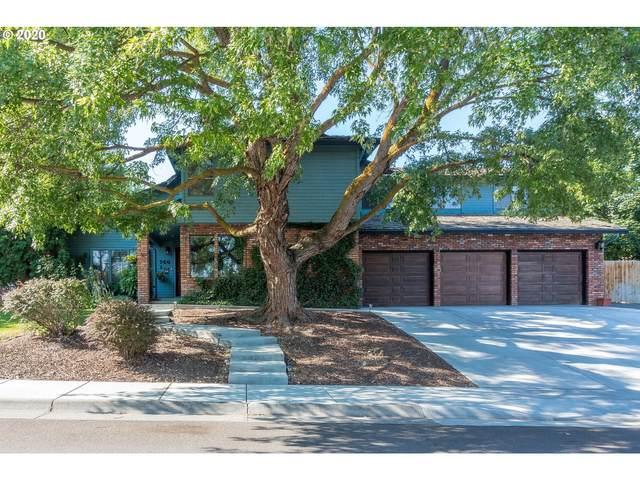 740 E Pine Ave, Hermiston, OR 97838 (MLS #20265628) :: Song Real Estate