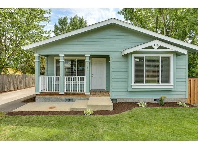 412 S Pine St, Carlton, OR 97111 (MLS #20266966) :: Brantley Christianson Real Estate