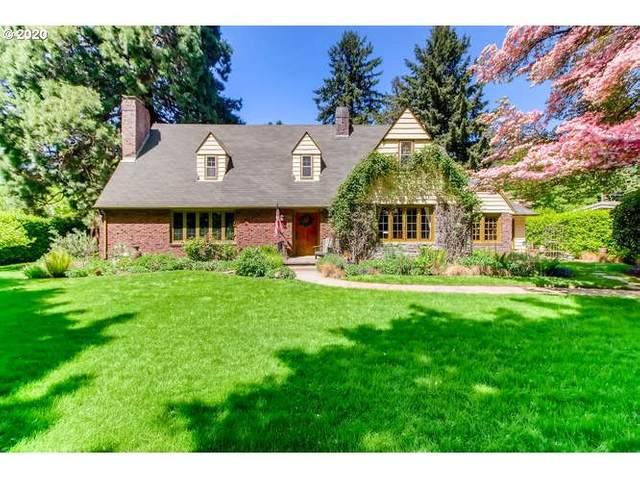 637 SE Saint Andrews Dr, Portland, OR 97202 (MLS #20267078) :: Premiere Property Group LLC