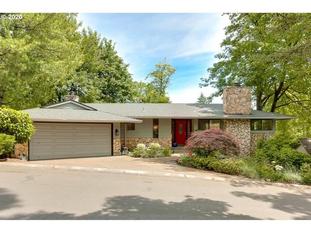 49 Tanglewood Dr, Lake Oswego, OR 97035 (MLS #20267951) :: Holdhusen Real Estate Group