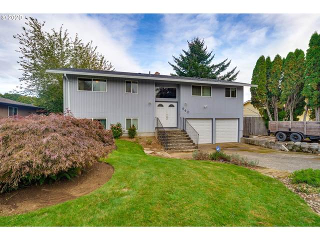 840 NE 14TH Ave, Canby, OR 97013 (MLS #20268187) :: Fox Real Estate Group