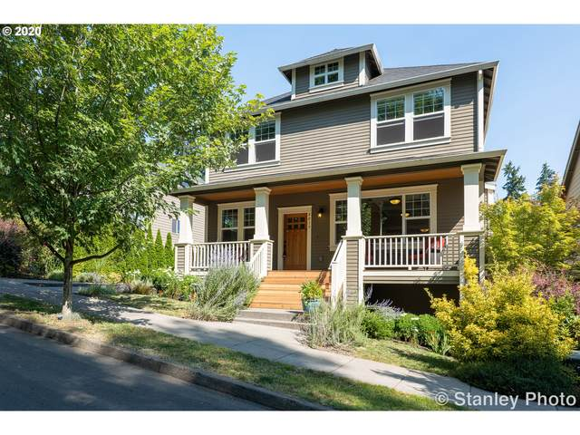 4019 SW Stephenson St, Portland, OR 97219 (MLS #20268926) :: Next Home Realty Connection