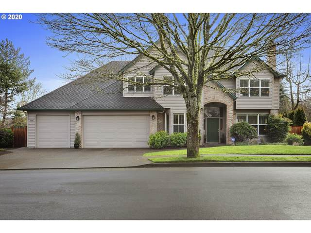 2067 Bay Meadows Dr, West Linn, OR 97068 (MLS #20276231) :: Fox Real Estate Group
