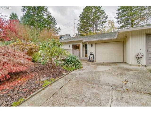 6075 SW 68TH Ct, Portland, OR 97223 (MLS #20278277) :: Gustavo Group