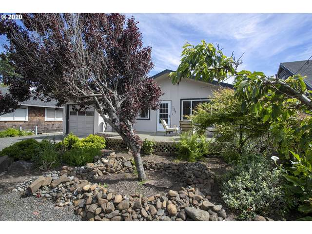 139 E Monroe St, Cannon Beach, OR 97110 (MLS #20280014) :: Piece of PDX Team