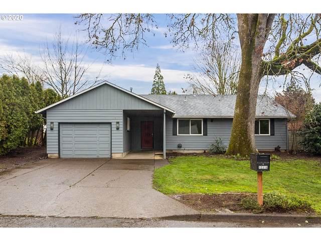 12316 SE Redwood Ave, Milwaukie, OR 97222 (MLS #20280863) :: Fox Real Estate Group