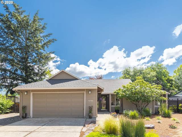 15780 SW Stratford Loop, Tigard, OR 97224 (MLS #20282400) :: Cano Real Estate